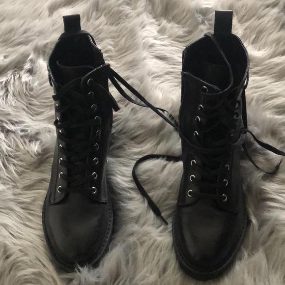b4d2e08c828 Grid black leather Steve Madden Combat boots. M 5c3e5c7845c8b35ffce440e6